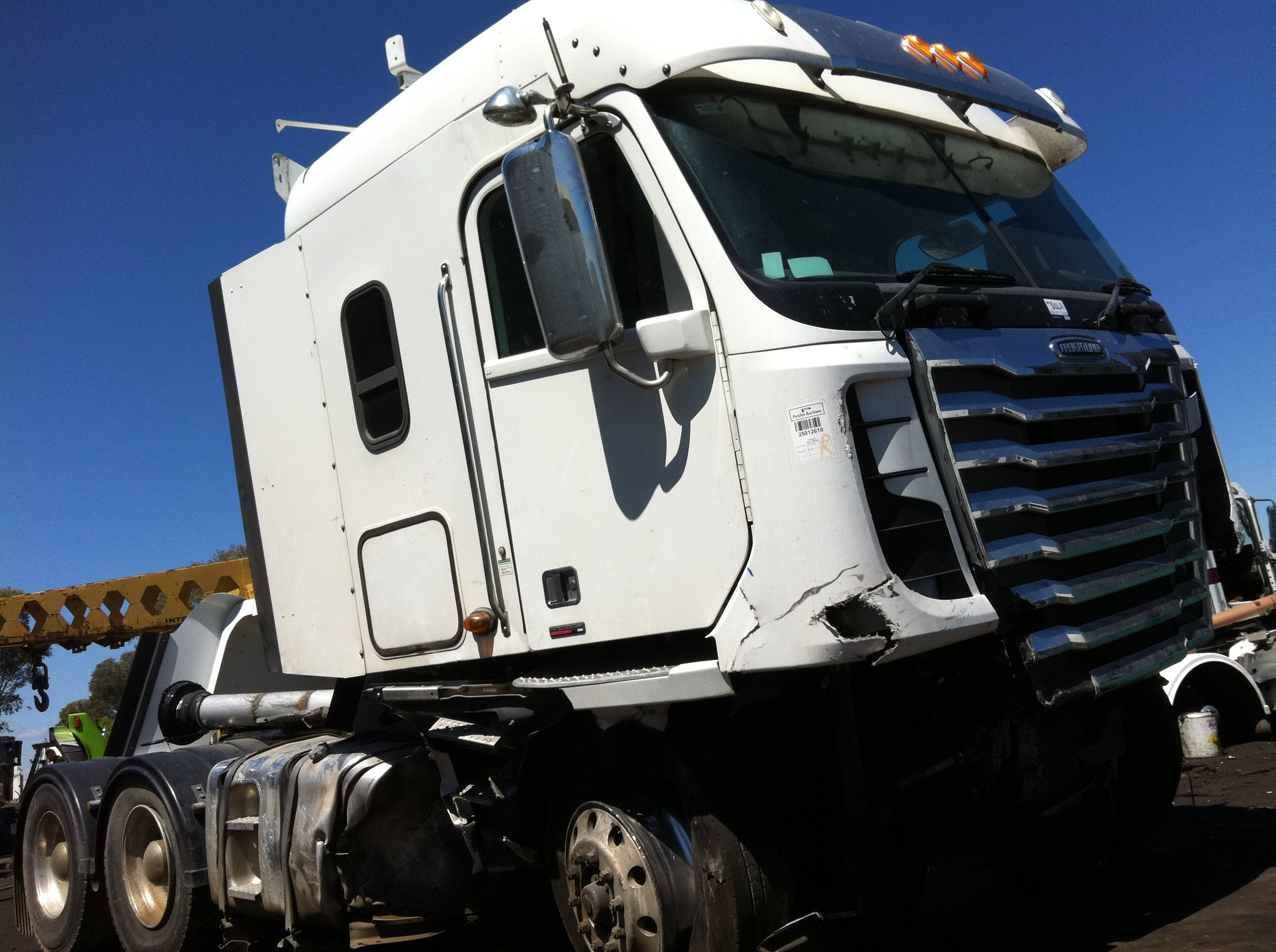 W A on Freightliner Airliner Suspension Parts
